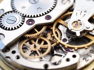 Uhrwerke verschiedener Hersteller im Vergleich – so laufen die Uhren richtig